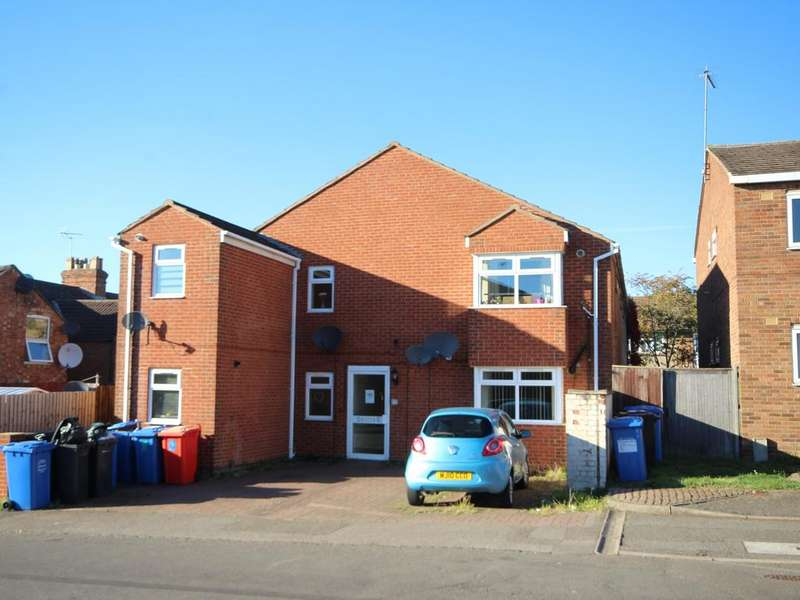 8 Bedrooms Block Of Apartments Flat for sale in Cobden Street, Kettering NN16