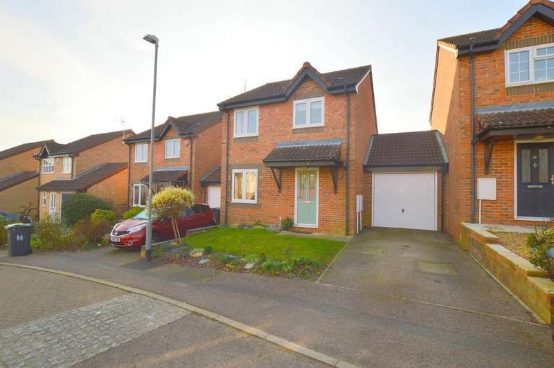 3 Bedrooms Link Detached House for sale in Dalton Close, Barton Hills, Luton, LU3 4HG
