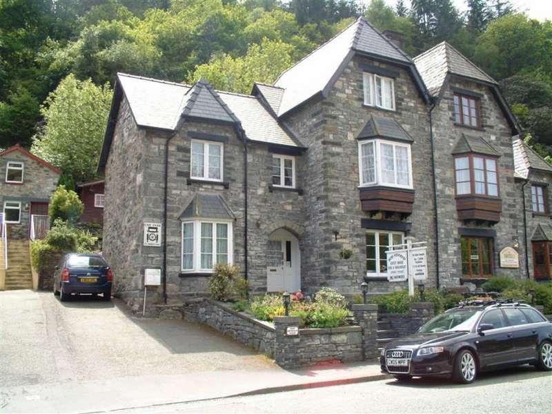 8 Bedrooms Semi Detached House for sale in Holyhead Road, Betws Y Coed, Conwy