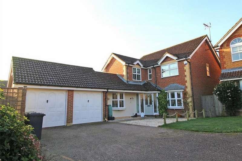 4 Bedrooms Detached House for sale in Mallard Drive, Ridgewood, Uckfield, East Sussex