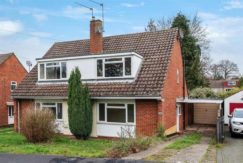 3 Bedrooms Chalet House for sale in Cheviot Road, Sandhurst, Berkshire GU47 8NG