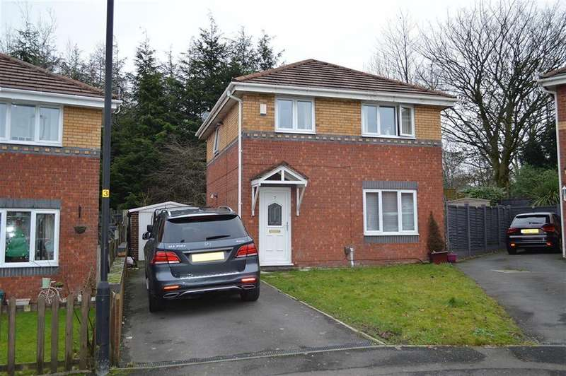 3 Bedrooms Detached House for sale in Redcar Close, Oldham, OL1 4TG