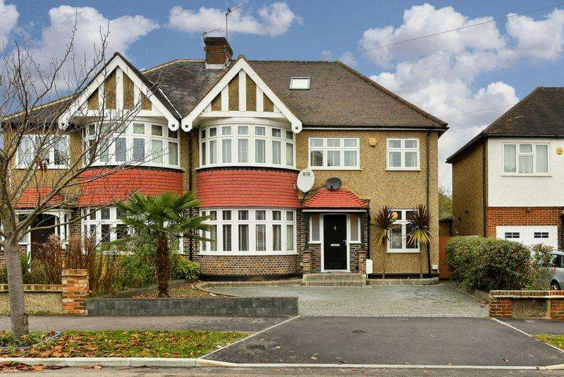 4 Bedrooms Semi Detached House for sale in Kings Drive, Surbiton