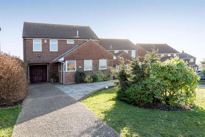 4 Bedrooms Detached House for sale in Hurdis Road, Seaford