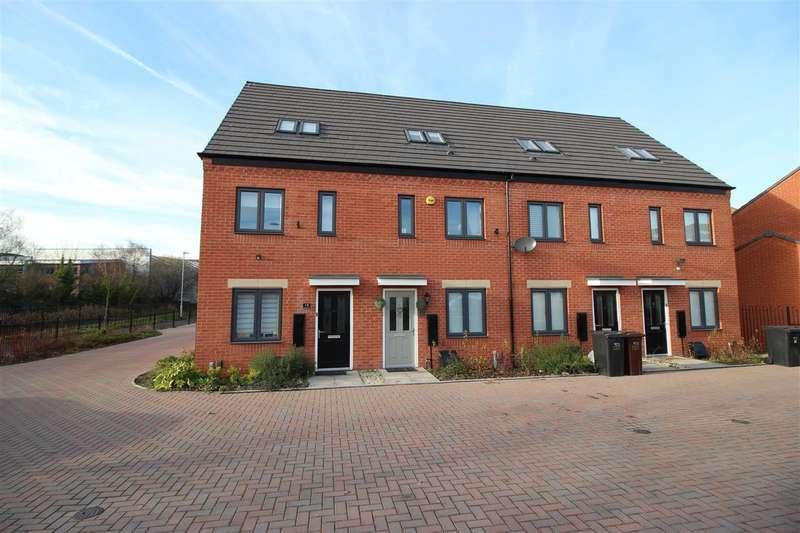 3 Bedrooms Terraced House for sale in Uxbridge Close, Wolverhampton