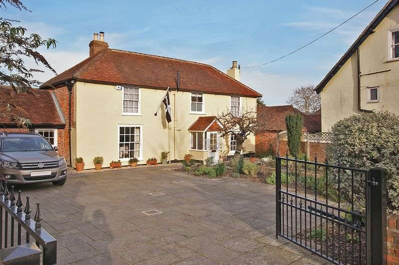 3 Bedrooms Property for sale in Coach Hill, Fareham