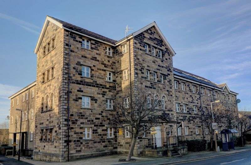 1 Bedroom Property for sale in Bay View Court, Station Road, Lancaster