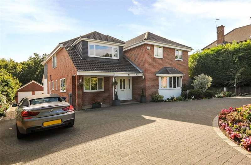 5 Bedrooms Detached House for sale in Pinehill Road, Crowthorne, Berkshire, RG45