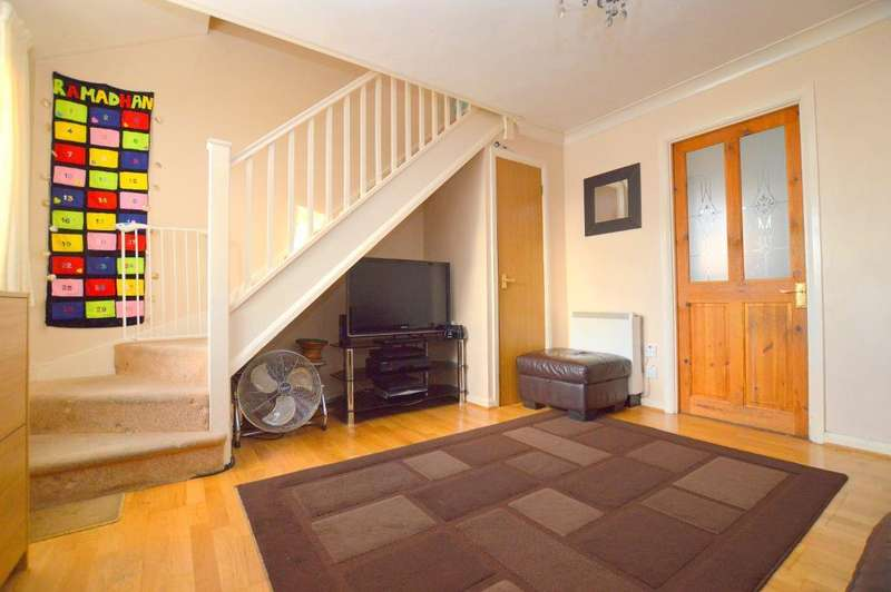 2 Bedrooms Terraced House for sale in The Ridings, Biscot, Luton, Bedfordshire, LU3 1BY