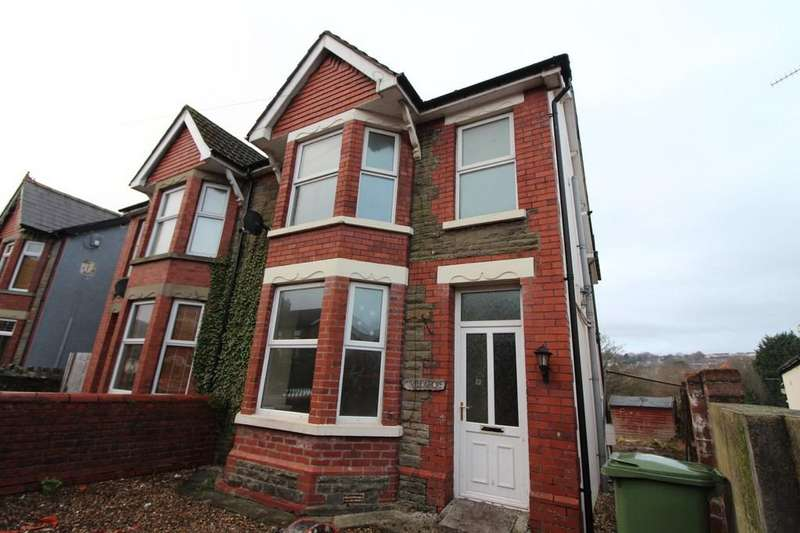 3 Bedrooms Semi Detached House for sale in Llanarth Road, Pontllanfraith
