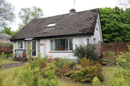 4 Bedrooms Bungalow for sale in Feorlinbreck, Garelochhead