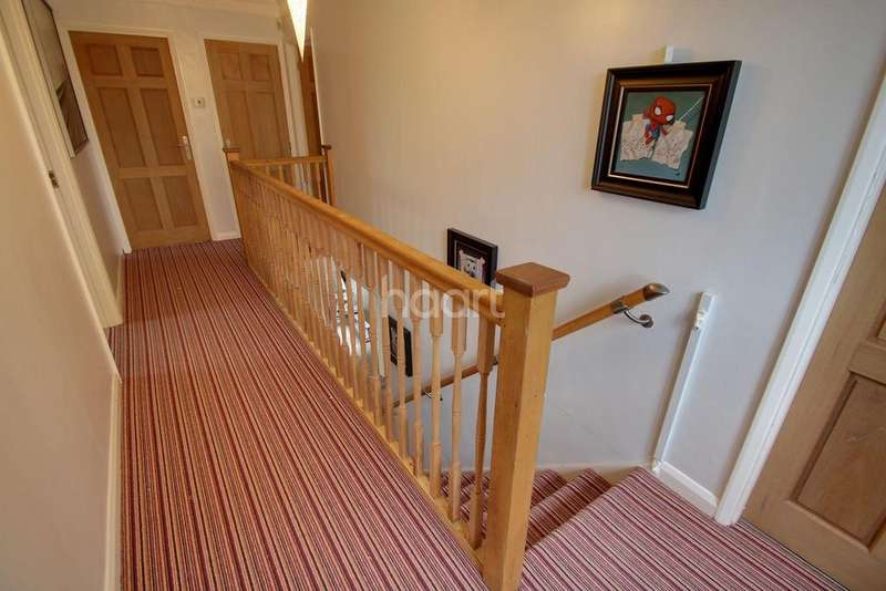 4 Bedrooms Detached House for sale in Maple Tree Walk, Littlethorpe, Leicester