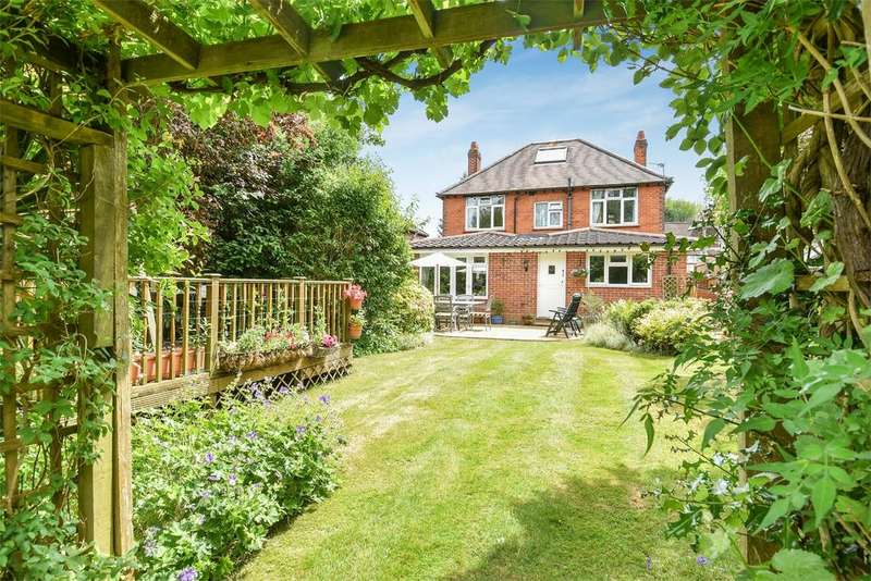 4 Bedrooms Detached House for sale in Milverton Road, Winchester, Hampshire, SO22