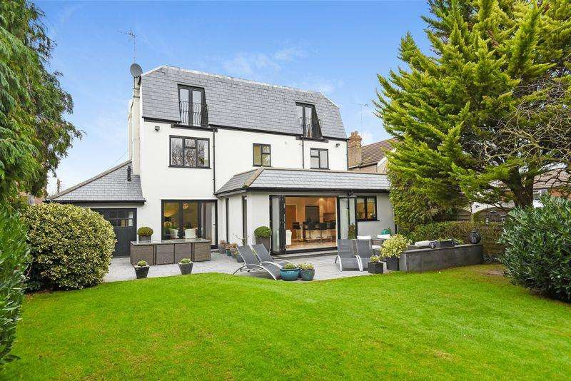 4 Bedrooms Detached House for sale in Broad Lane, Wilmington