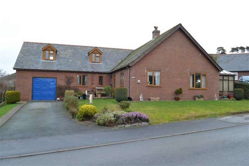 4 Bedrooms Detached House for sale in Ty Mawr, Rhosymaen Uchaf, Llanidloes, Powys, SY18