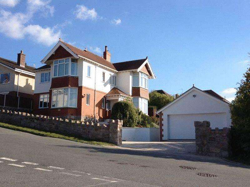 4 Bedrooms Detached House for sale in Alpine Road, Old Colwyn