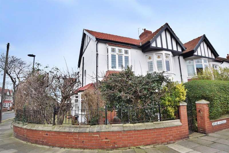 4 Bedrooms Semi Detached House for sale in Briar Avenue, Whitley Bay