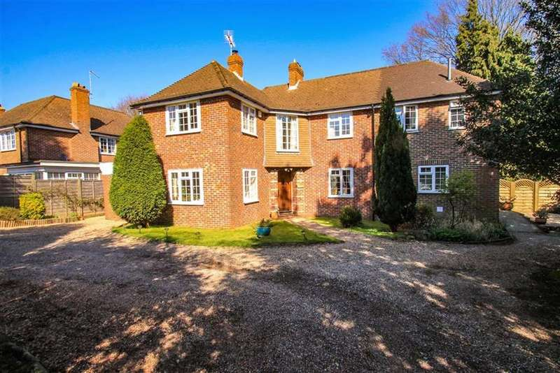 4 Bedrooms Detached House for sale in Baldslow Down, St Leonards, East Sussex