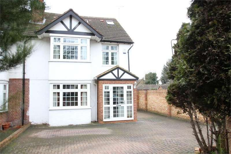 5 Bedrooms Semi Detached House for sale in Langley Road, Langley, Berkshire