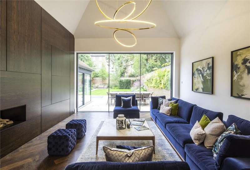 5 Bedrooms Detached House for rent in Wadham Gardens, Primrose Hill, London, NW3