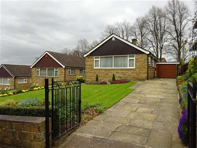 2 Bedrooms Bungalow for sale in Oxford Road, Dewsbury, WF13 4JR