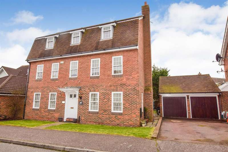 6 Bedrooms Town House for sale in Gandalfs Ride, South Woodham Ferrers