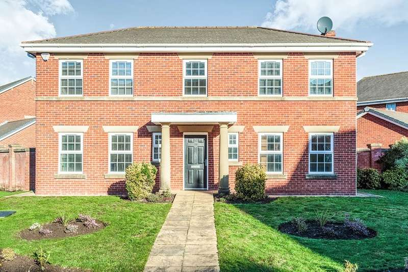 4 Bedrooms Detached House for rent in Victory Boulevard, Lytham St. Annes, FY8
