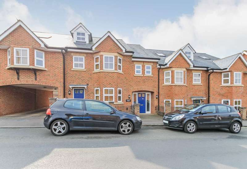 2 Bedrooms Apartment Flat for sale in Langdon Street, Tring