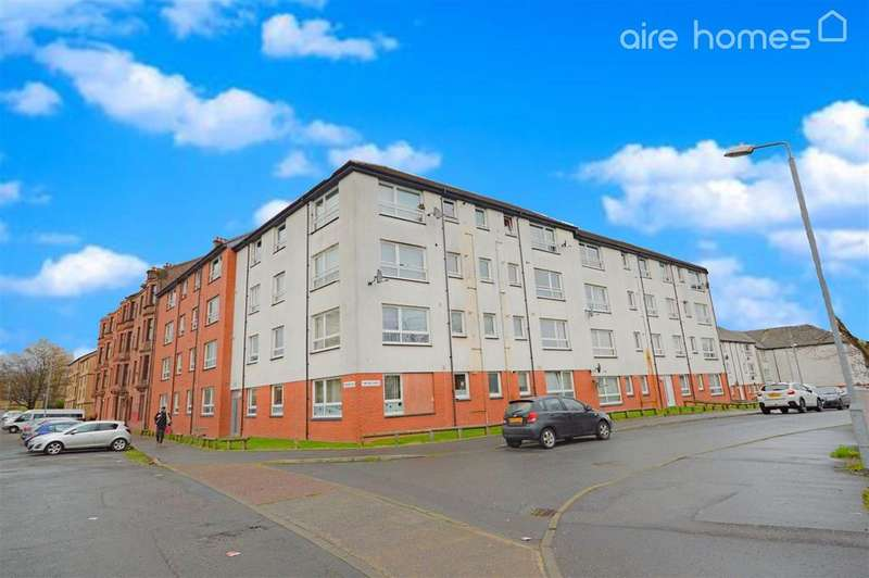 2 Bedrooms Flat for sale in Hamiltonhill Road, Glasgow