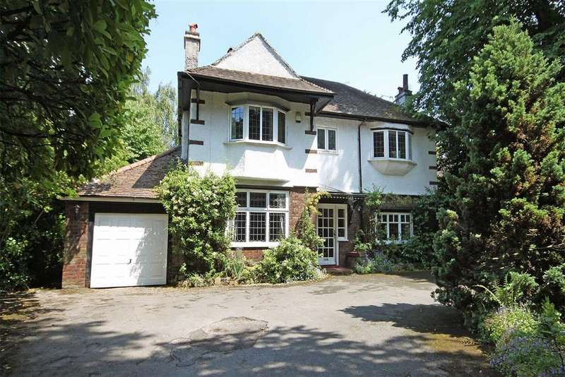 4 Bedrooms Detached House for sale in Brooklands Road, Sale