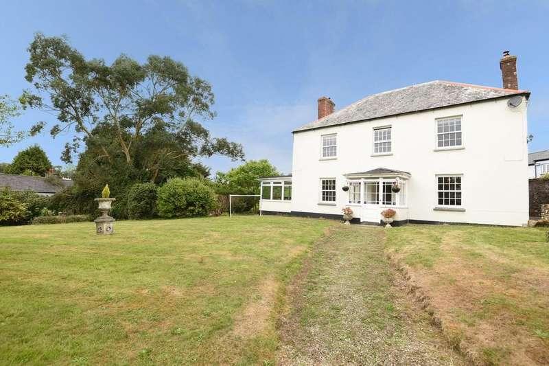 4 Bedrooms Detached House for sale in Tideford, Saltash