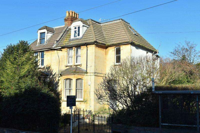 2 Bedrooms Apartment Flat for sale in Cromwell Road, St Andrews