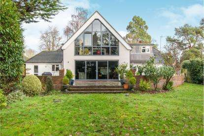 4 Bedrooms Detached House for sale in Chandlers Ford, Eastleigh, Hampshire