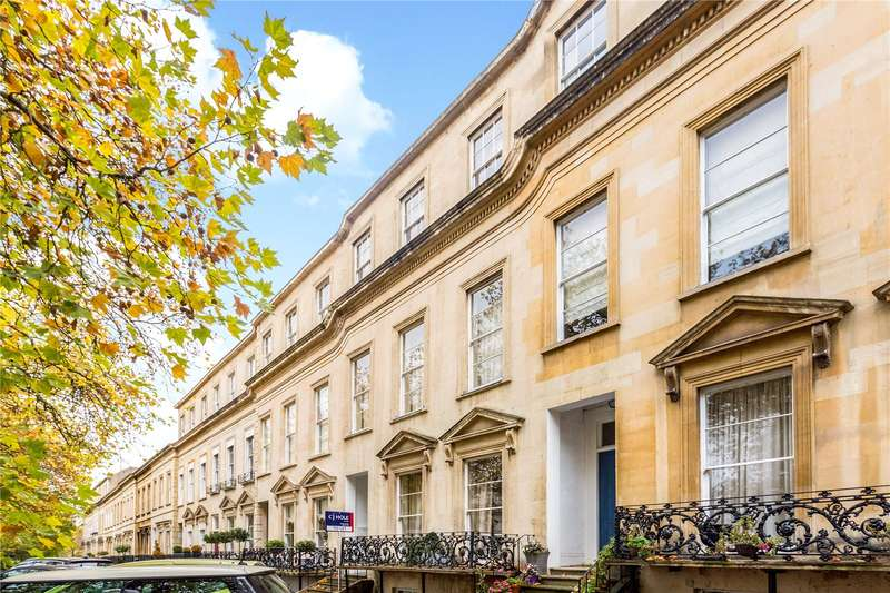 3 Bedrooms Flat for sale in Royal Parade, Bayshill Road, Cheltenham, Gloucestershire, GL50