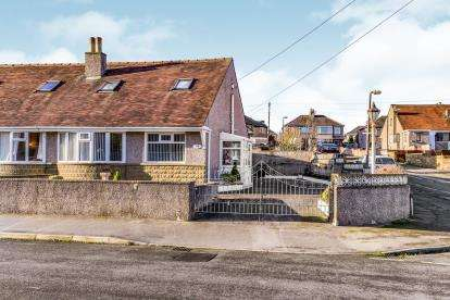 3 Bedrooms Bungalow for sale in Rylstone Drive, Heysham, Morecambe, Lancashire, LA3