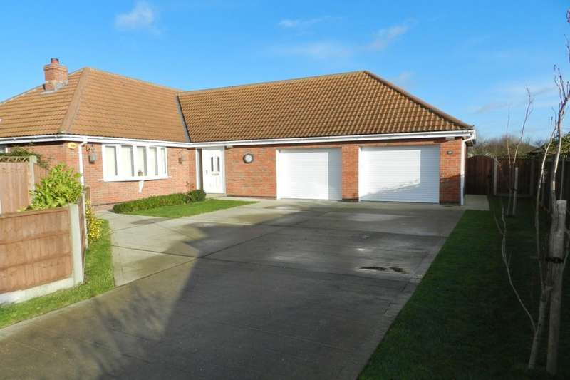 3 Bedrooms Detached Bungalow for sale in Henshaw Avenue, Sutton-On-Sea, LN12