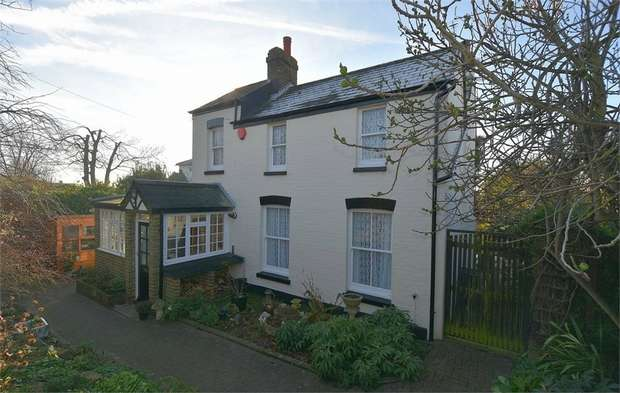 3 Bedrooms Detached House for sale in Windmill Cottage, Windmill Avenue, Ramsgate, Kent