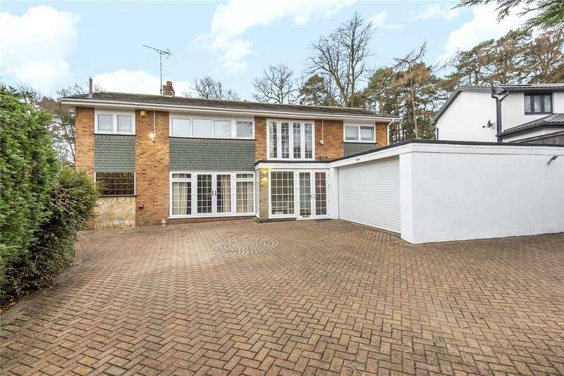 5 Bedrooms Detached House for rent in Calvin Close, Camberley, Surrey, GU15