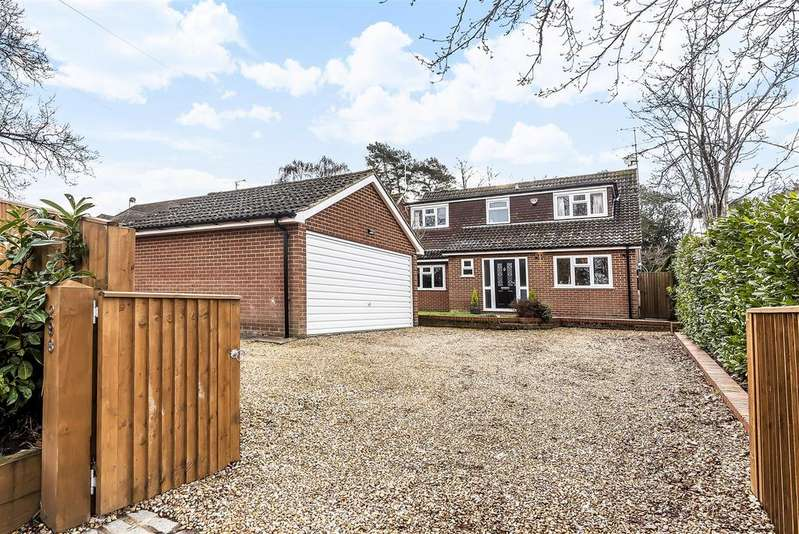 4 Bedrooms Detached House for sale in Nine Mile Ride, Finchampstead, Berkshire RG40 3NN