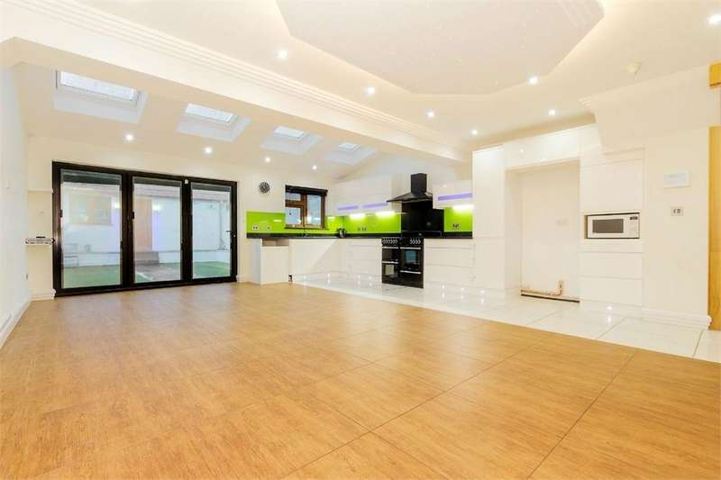 5 Bedrooms Terraced House for sale in Wellesley Road, Slough, Berkshire