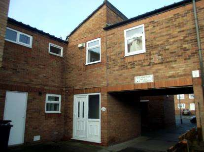 4 Bedrooms House for sale in St. Elphins Close, Warrington, Cheshire