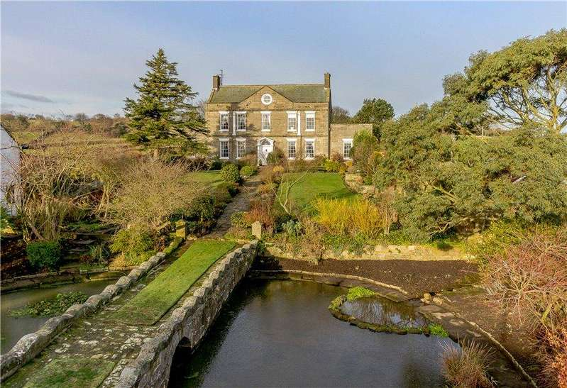 6 Bedrooms Detached House for sale in Pond House, 34 Main Road, Aislaby, Whitby, YO21
