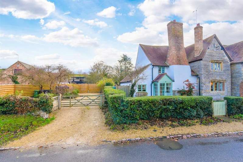 4 Bedrooms Detached House for sale in Stonehouse, Welford Road, Barton