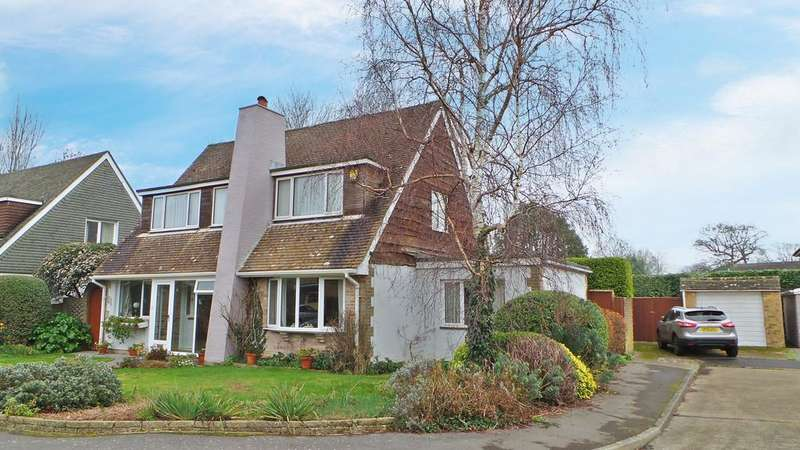 3 Bedrooms Chalet House for sale in Larches Gardens, Fareham