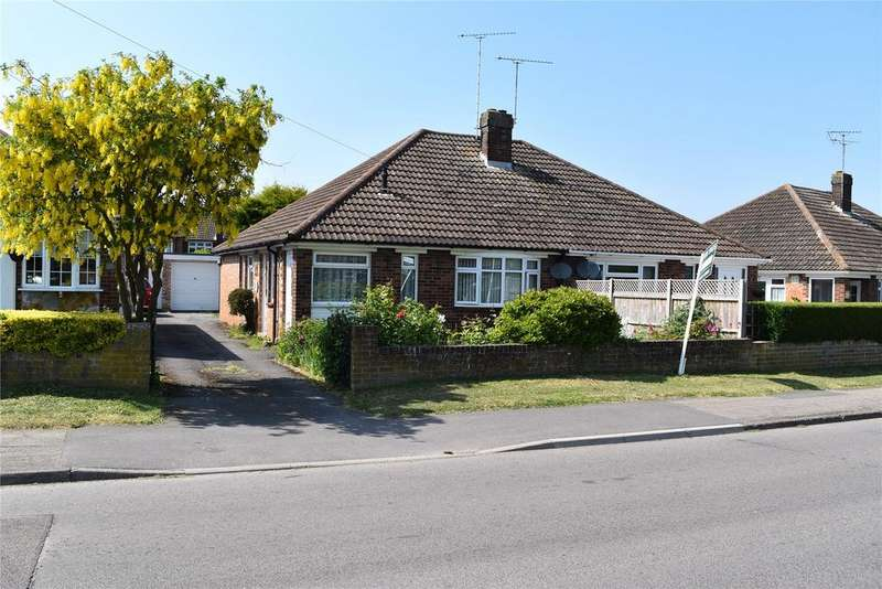 3 Bedrooms Semi Detached Bungalow for sale in Brooklands Drive, Leighton Buzzard