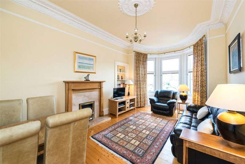 2 Bedrooms Apartment Flat for sale in Polwarth Place, Edinburgh, Midlothian