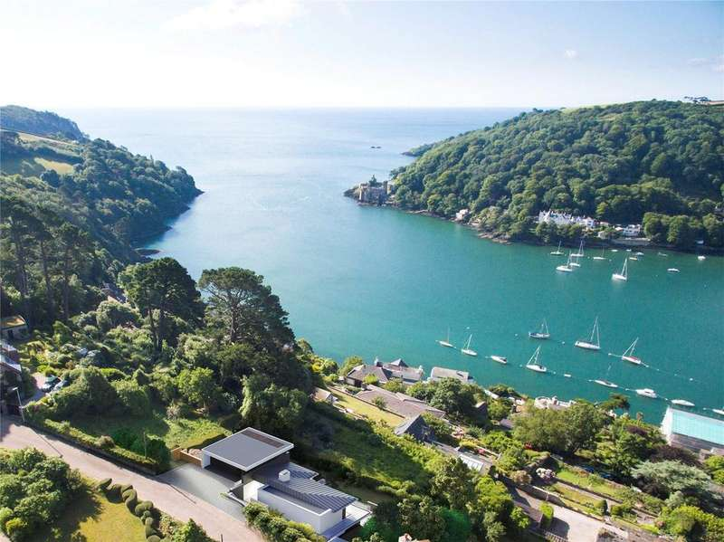 3 Bedrooms Detached Bungalow for sale in Redoubt Hill, Kingswear, Dartmouth, Devon