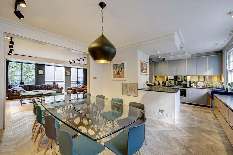 3 Bedrooms Terraced House for sale in Bruton Place, Mayfair, London, W1J