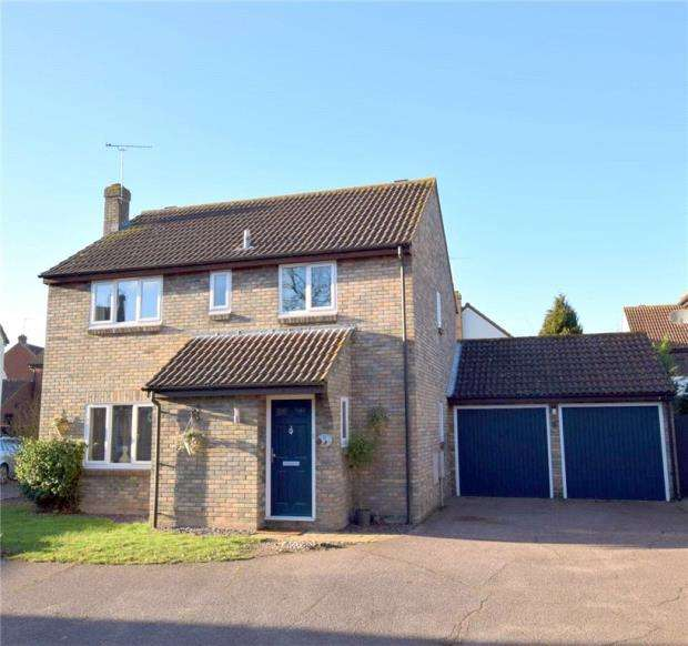 4 Bedrooms Detached House for sale in Dunlin Court, Kelvedon