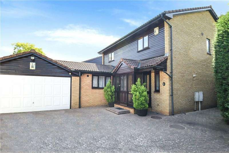 4 Bedrooms Detached House for sale in Wedgwood Avenue, Blakelands, Milton Keynes, Buckinghamshire